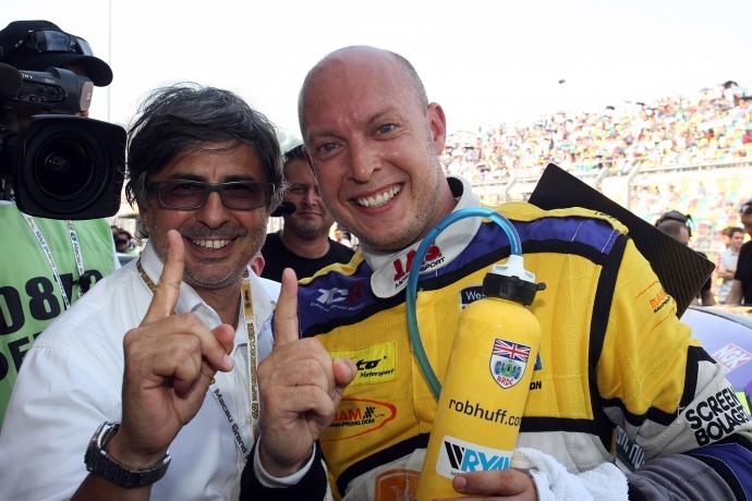 2015-2015 Macau Guia Race 1---12 Rob Huff_119