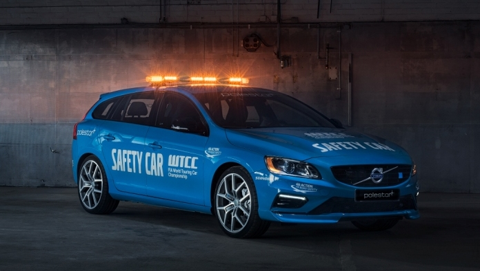 Volvo_V60_Polestar_WTCC_Safety_Car_01